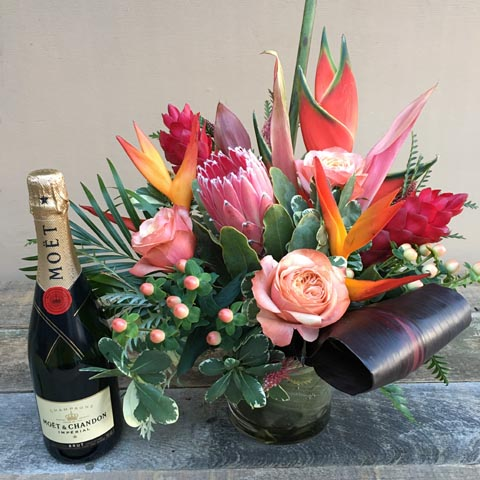 Oregon Park Flower Bouquet and Moet